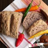 Paleo kenyér – tojás nélkül