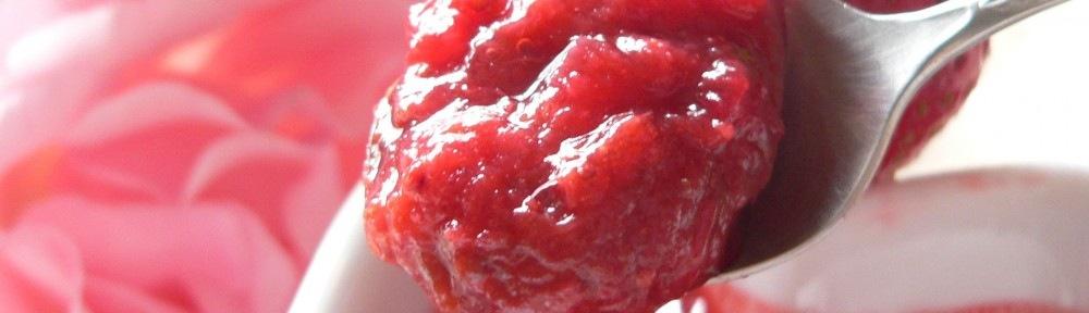 Gyömbéres eper-rebarbara chutney