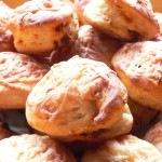 Kolbászos-krumplis pogácsa