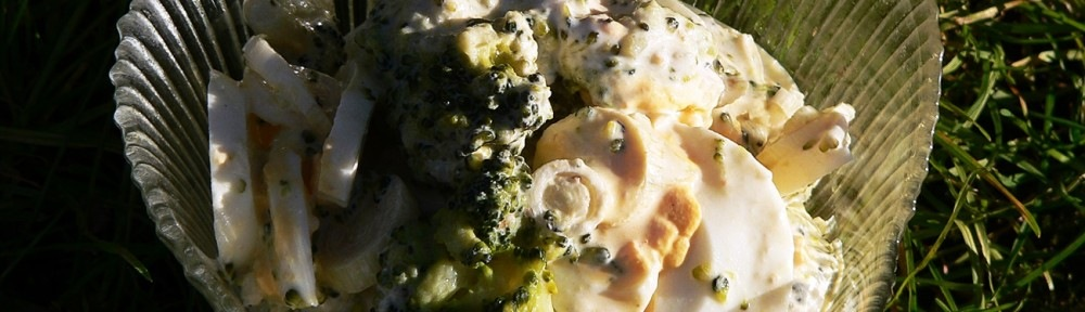 Majonézes brokkoli saláta