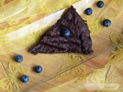 Cukkinis tortácska, liszt- és tejmentesen