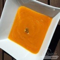 Gyömbéres sárgarépapüré leves